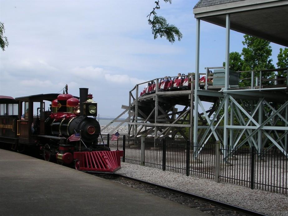 2005 06 03 Cedar Point 19.jpg