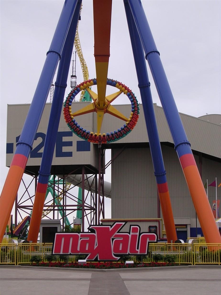 2005 06 03 Cedar Point 8.jpg