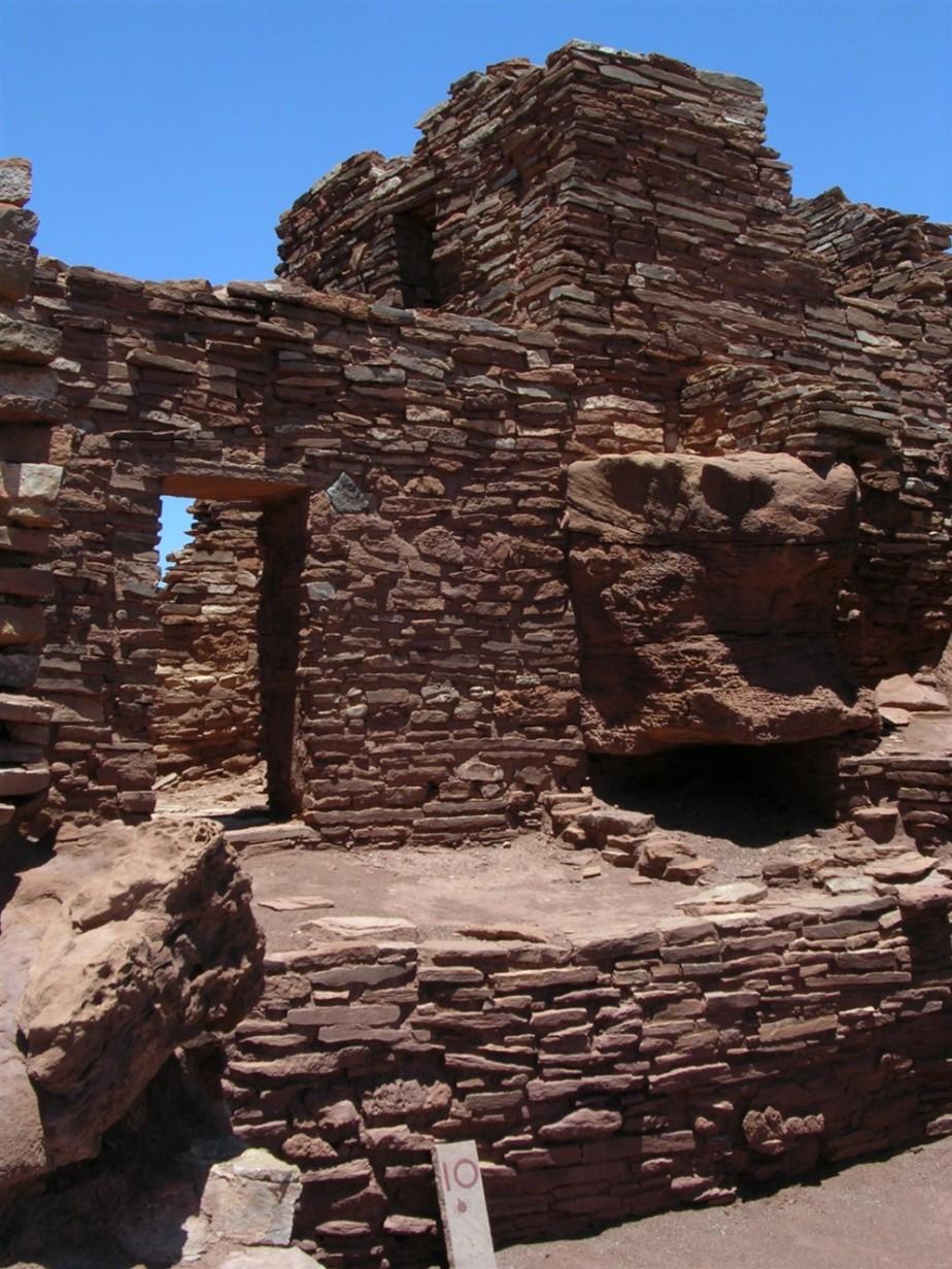 2005 06 26 Wupataki Ruins Arizona 17.jpg
