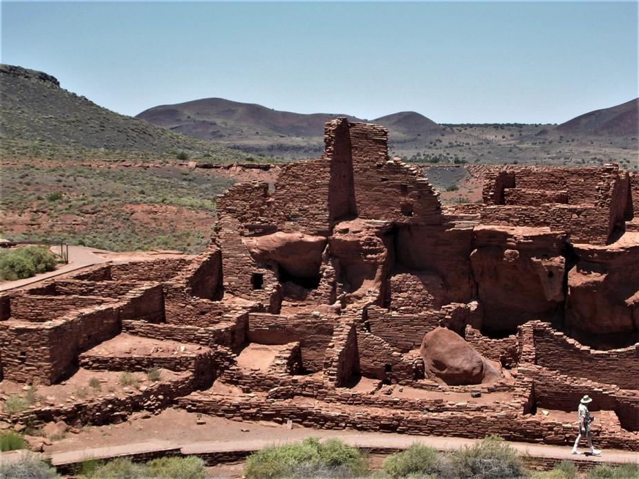 2005 06 26 Wupataki Ruins Arizona 2.jpg
