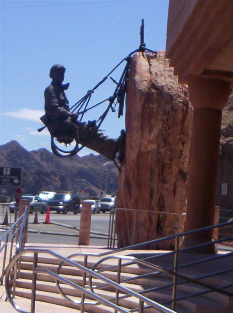 2005 06 27 Hoover Dam 45.jpg