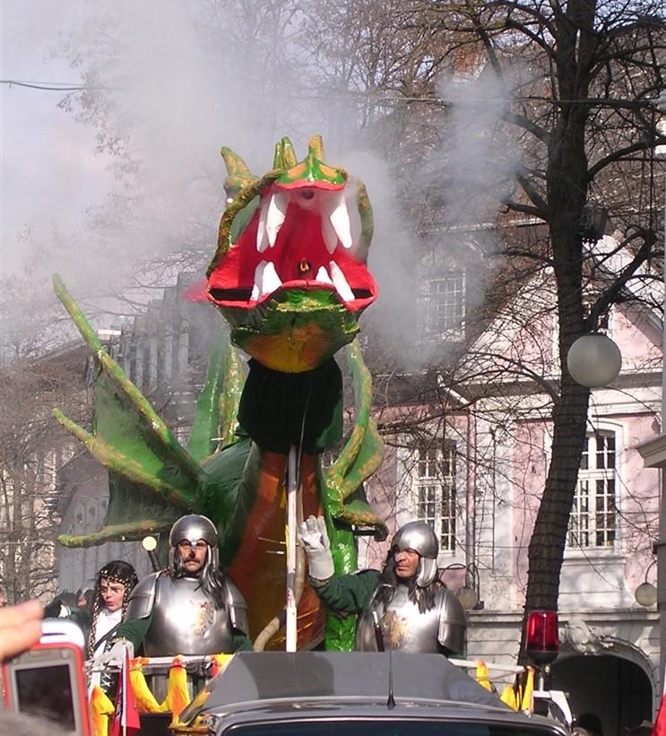 2006 02 27 Trier Germany Rosenmontagszug 65.jpg