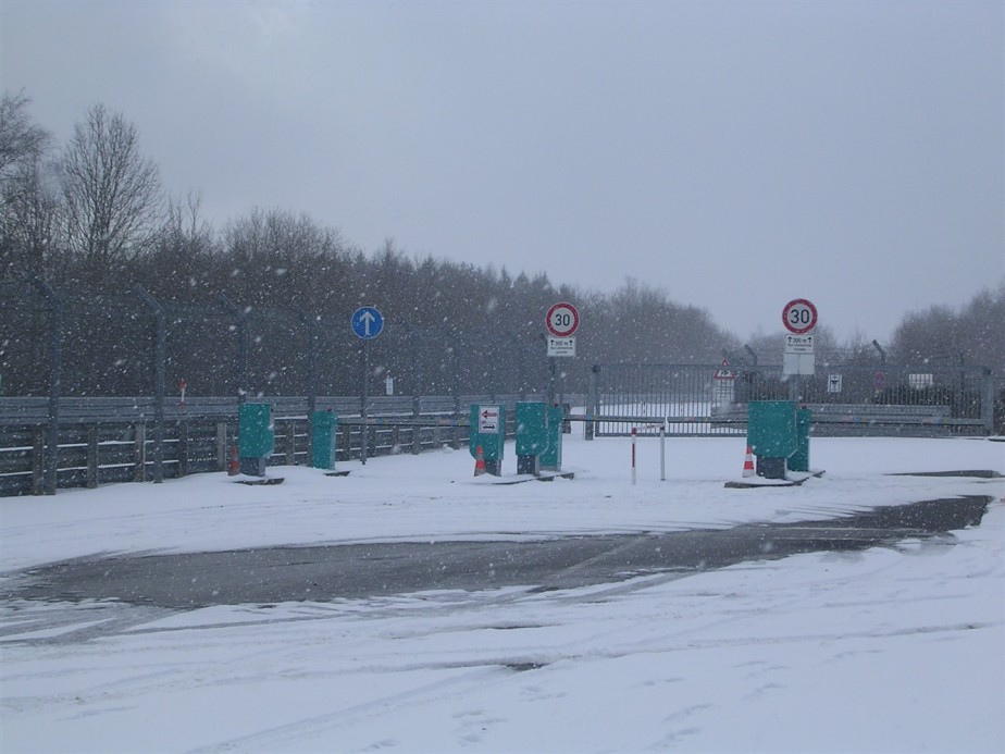 2006 03 02 Nurburgring 17.jpg