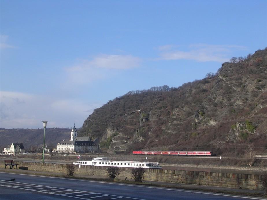 2006 03 02 Rhein River Valley 10.jpg