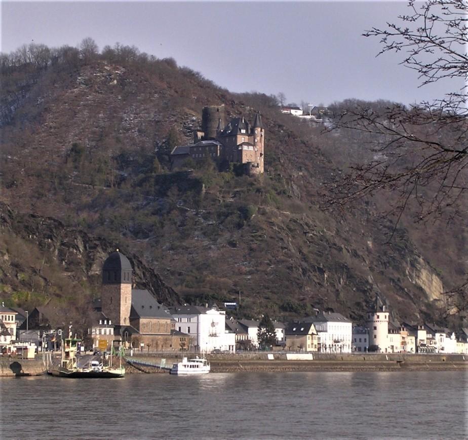 2006 03 02 Rhein River Valley 18.jpg