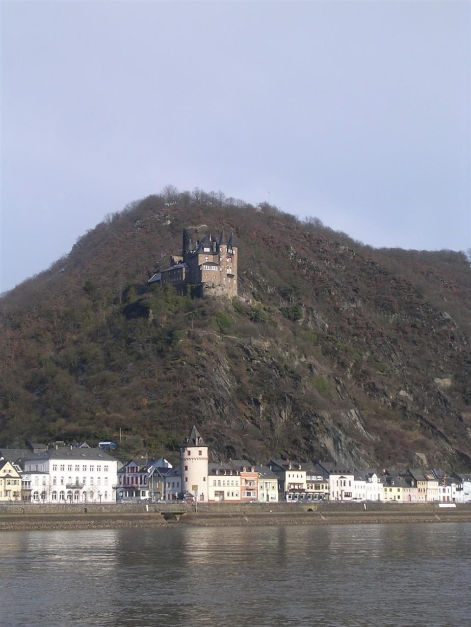 2006 03 02 Rhein River Valley 25.jpg
