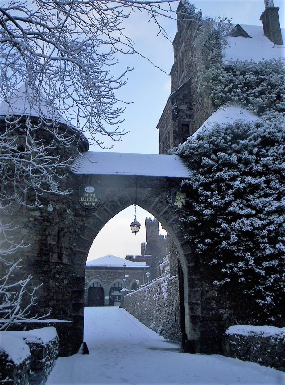 2006 03 02 The Castle Reichenstein Germany 24.jpg