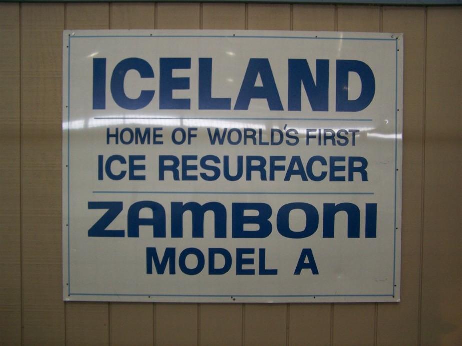 2006 11 05 29 Home of The Zamboni Iceland Paramount CA.jpg