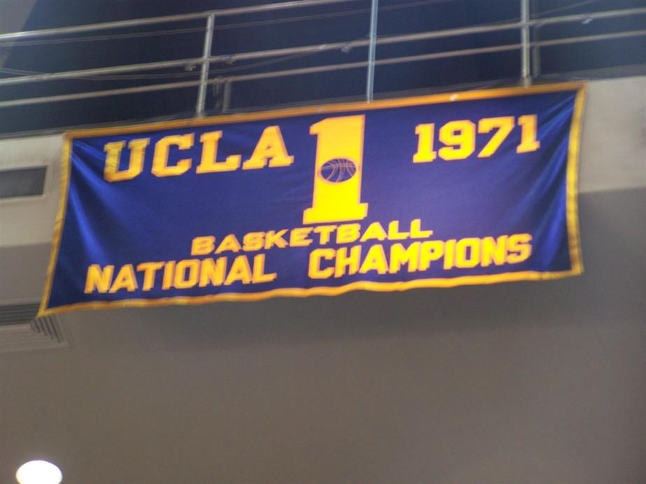 2006 11 09 32 UCLA.jpg