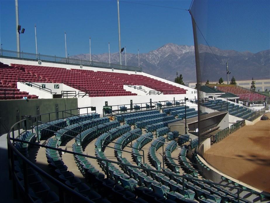 2006 11 10 12 Rancho Cucamonga Earthquakes Minor League Baseball.jpg