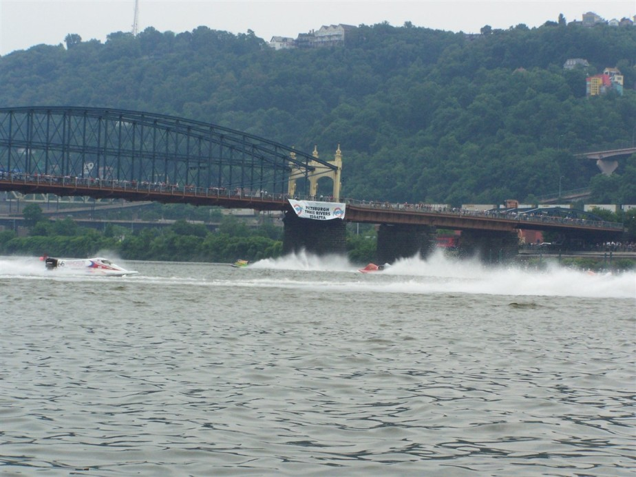 2007 07 04 Pittsburgh Regatta 66.jpg