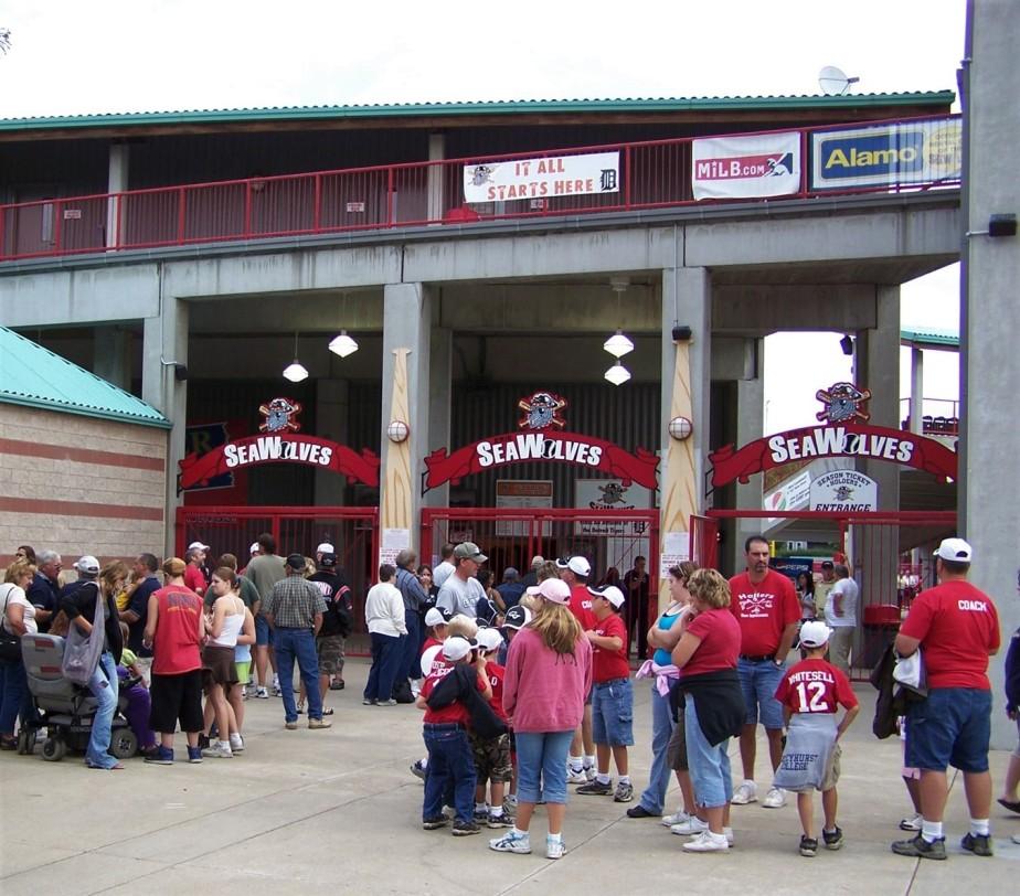 2007 07 15 14 Erie SeaWolves Baseball.jpg