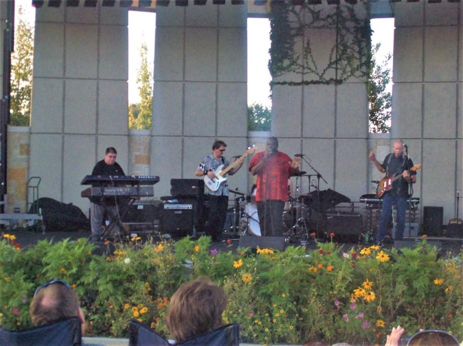 2008 08 19 248 Grand Rapids MI Meijer Gardens.jpg