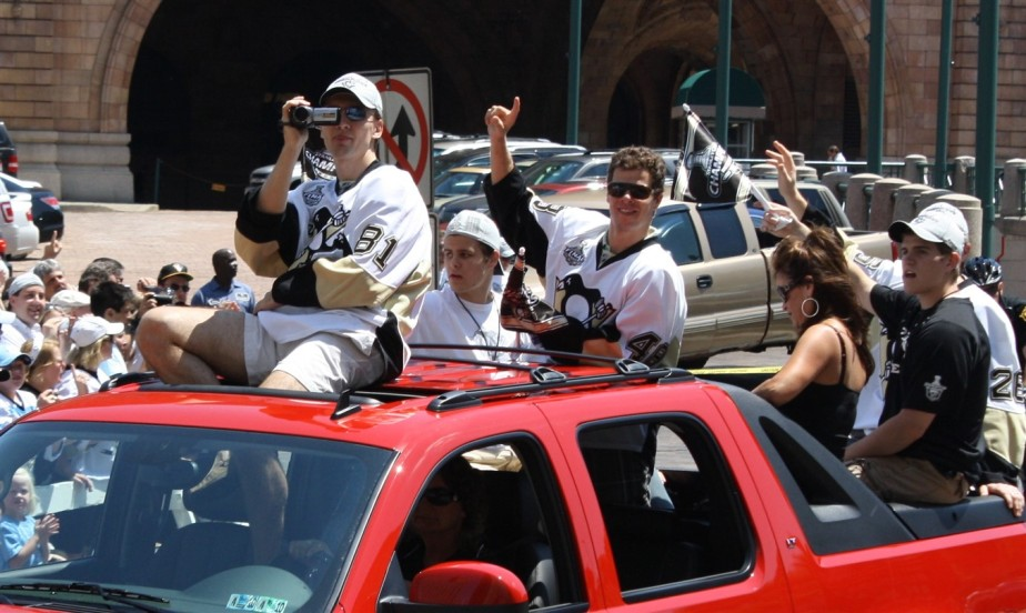 2009 06 15 Pittsburgh Penguins Stanley Cup Parade 35.jpg