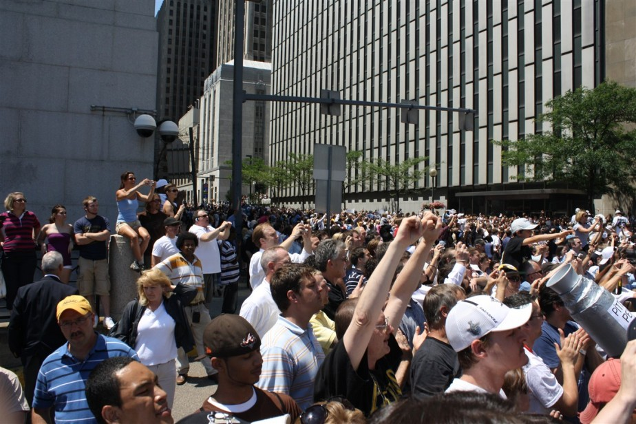 2009 06 15 Pittsburgh Penguins Stanley Cup Parade 45.jpg