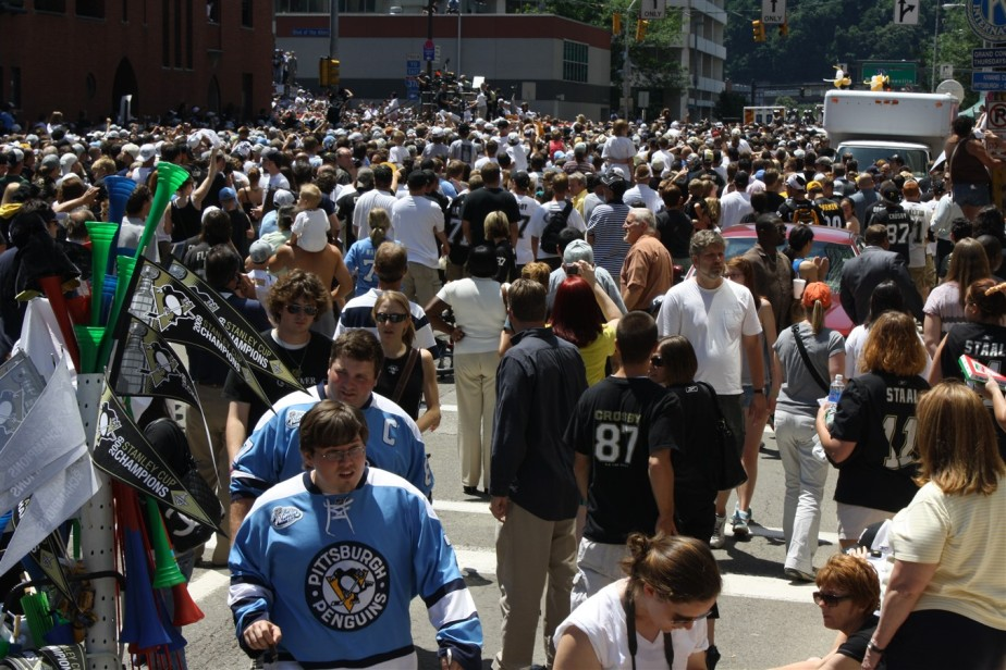2009 06 15 Pittsburgh Penguins Stanley Cup Parade 79.jpg