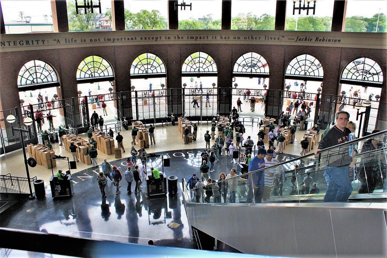 2009 06 21 Law School Road Trip Day 6 New York Mets 50.jpg