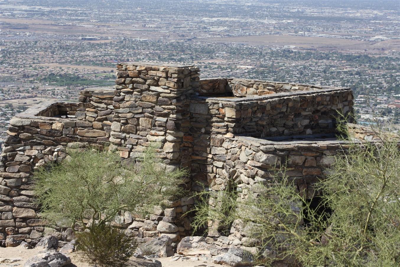 2009 08 26 55 Phoenix South Mountain.jpg