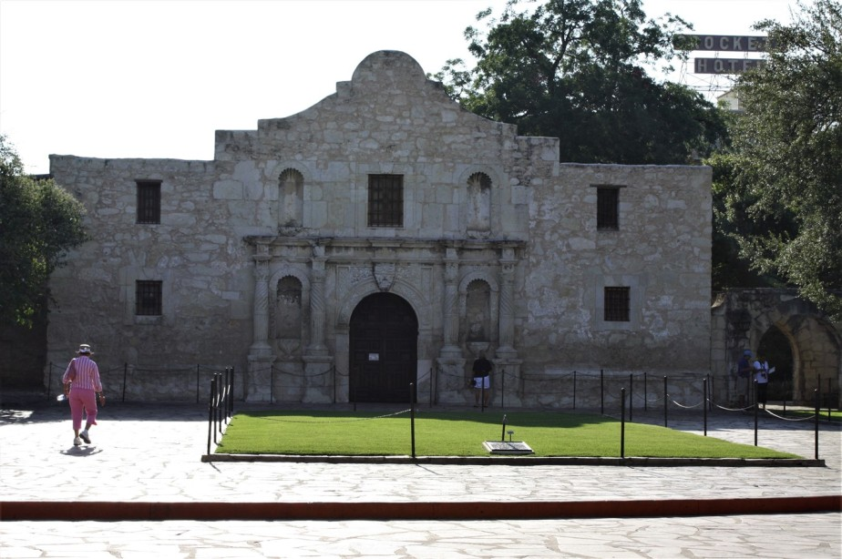 San Antonio – August 2009 -Hot and Humid Alamo