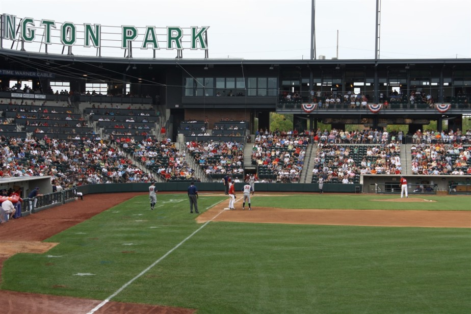 2009 09 06 46 Columbus Huntington Park.jpg