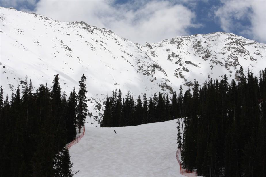2010 05 20 Colorado 37 Arapahoe Basin Skiing.jpg
