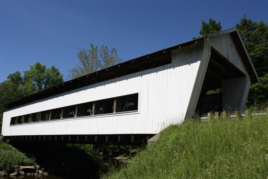Ashtabula, OH – May 2010 – Covered BridgeTour