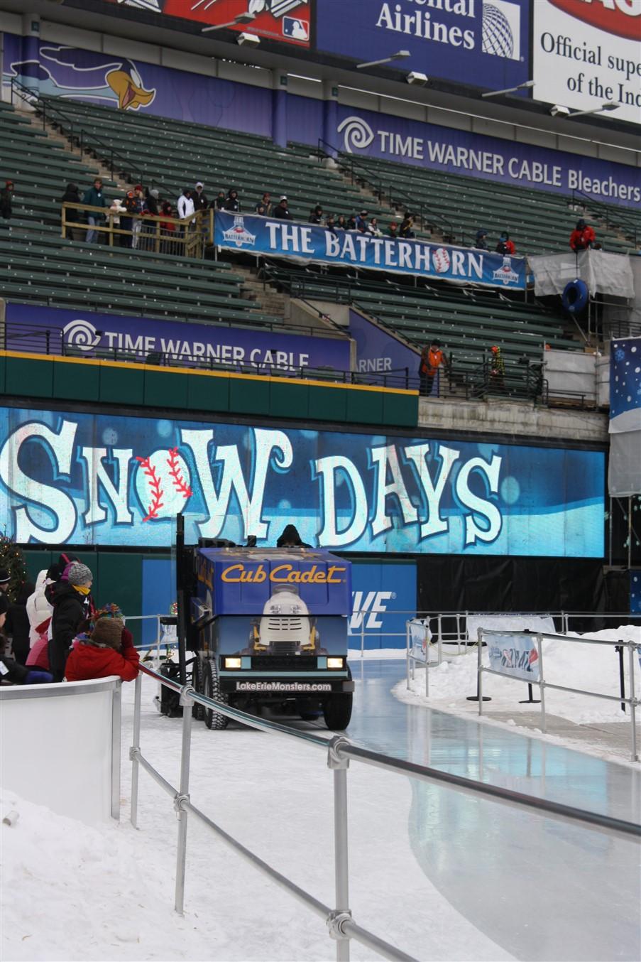 2010 12 27 Cleveland Jacobs Field Snow Days 19.jpg