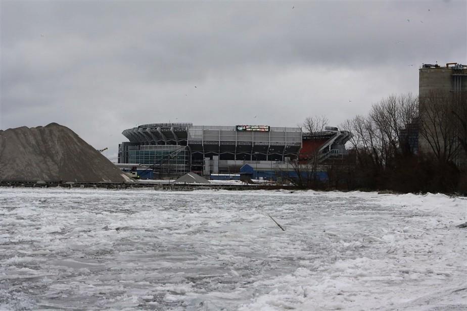 2010 12 27 Frozen Cleveland 13.jpg