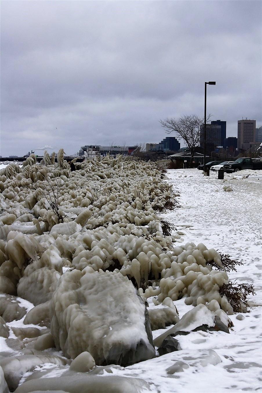 2010 12 27 Frozen Cleveland 4.jpg
