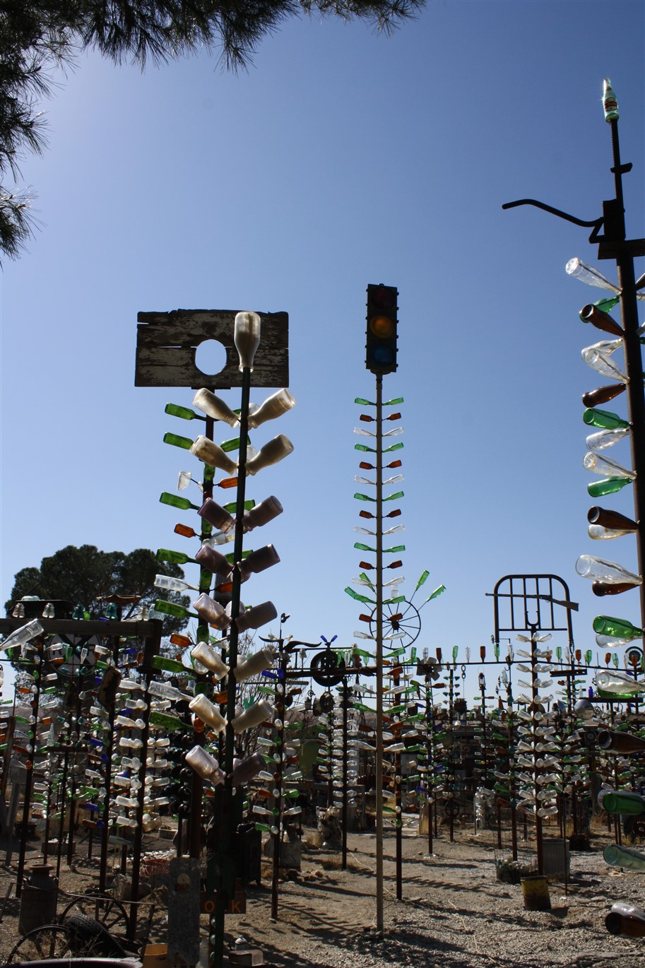 2012 03 13 54 Oro Grande CA Bottle Trees.jpg