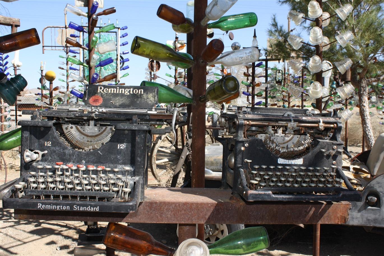 2012 03 13 55 Oro Grande CA Bottle Trees.jpg