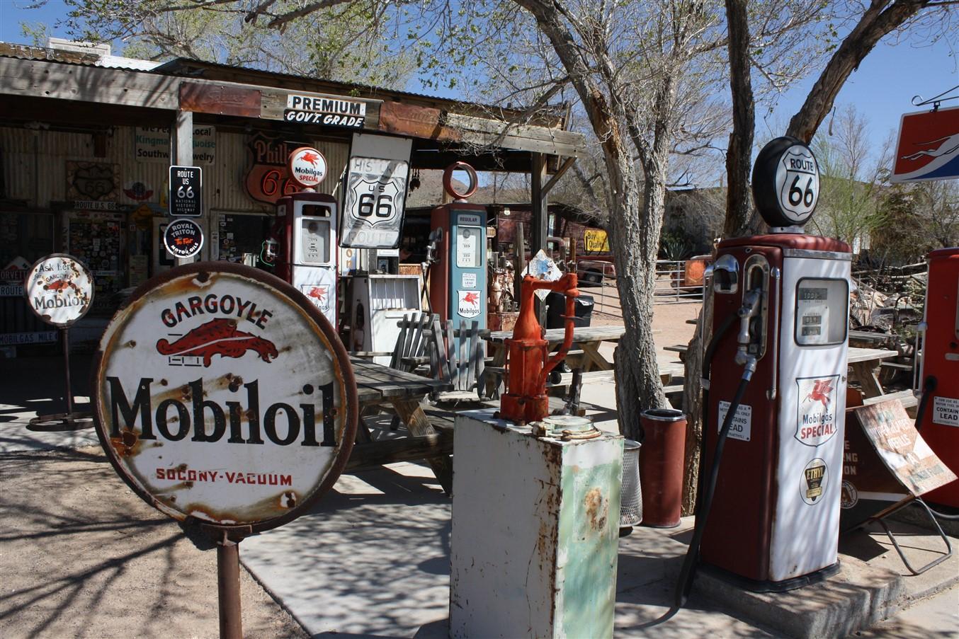 2012 03 14 Route 66 Road Trip 147 Hackberry Arizona.jpg