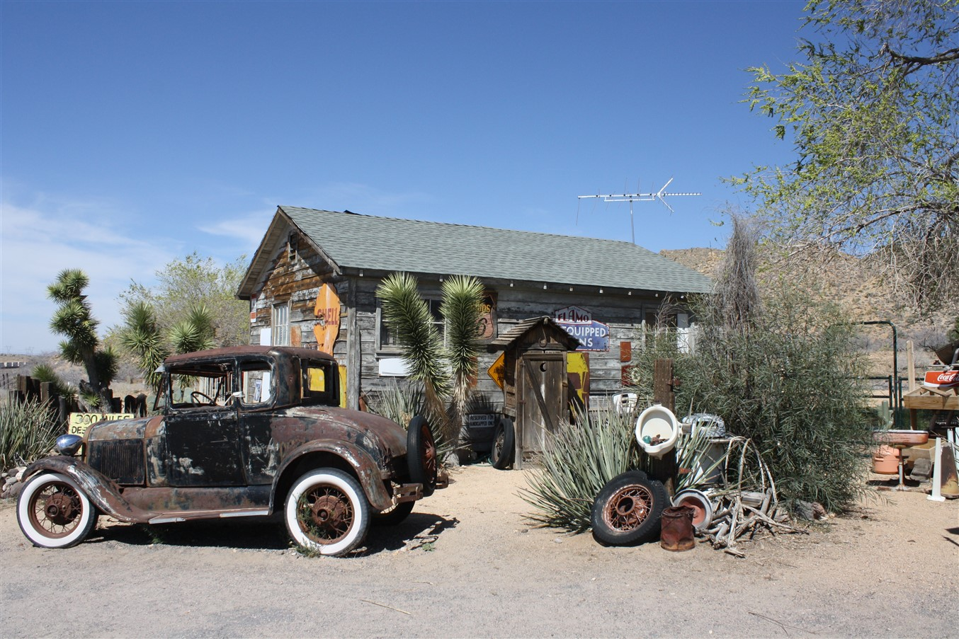 2012 03 14 Route 66 Road Trip 149 Hackberry Arizona.jpg