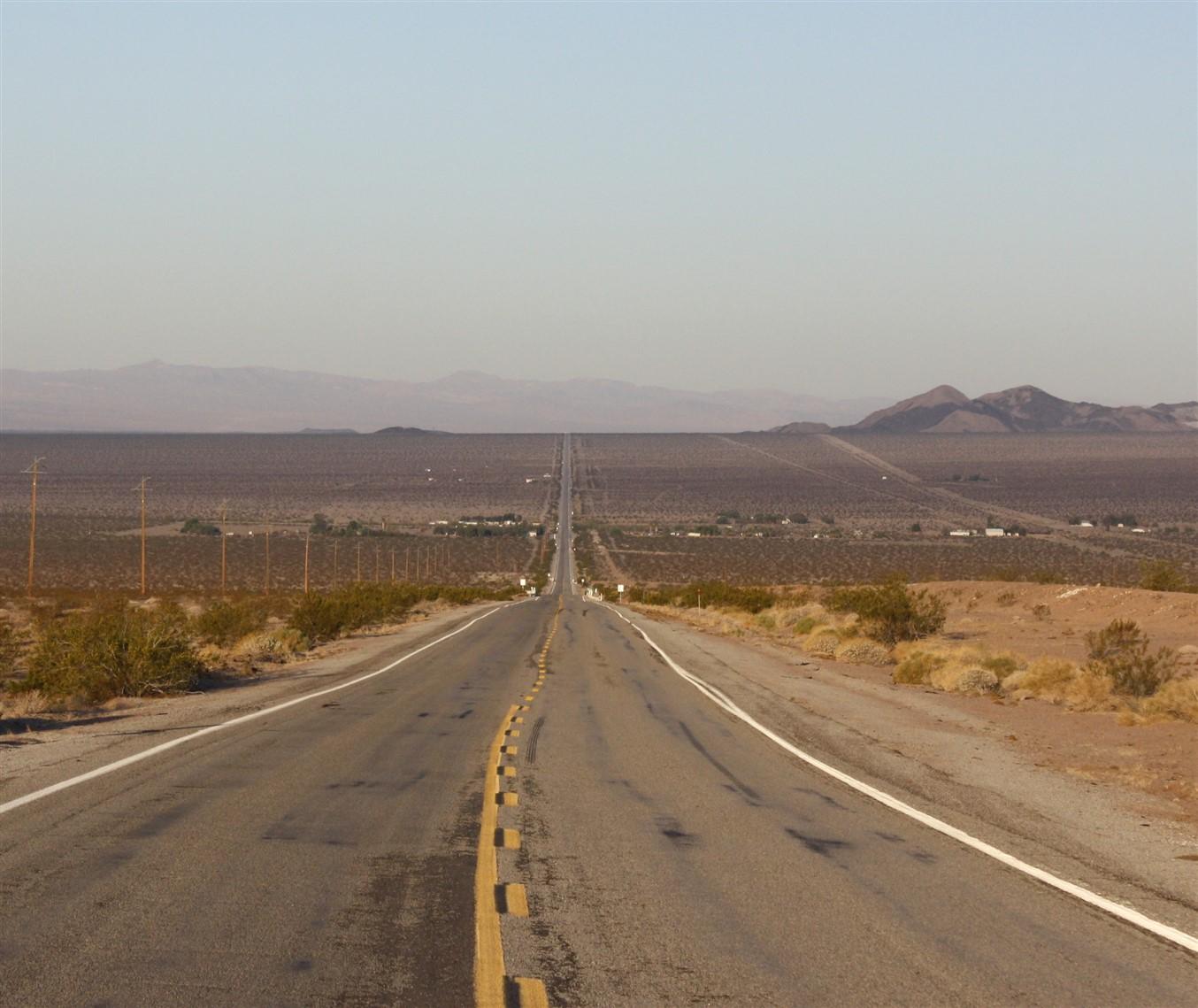 2012 03 14 Route 66 Road Trip 30 California Desert.jpg