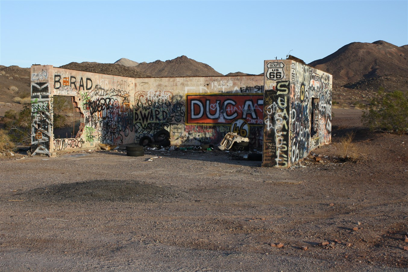 2012 03 14 Route 66 Road Trip 32 California Desert.jpg