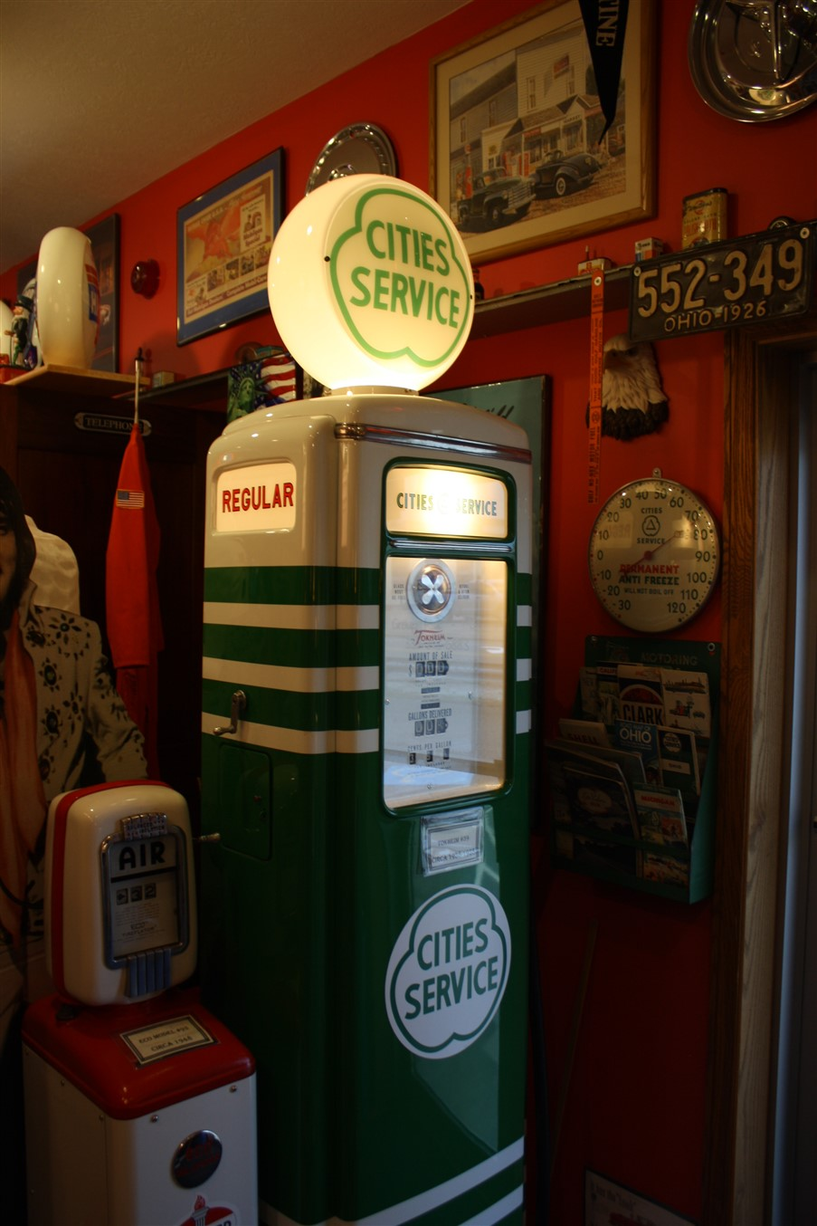 2012 05 05 Dover Ohio Gas Pump Museum 4.jpg