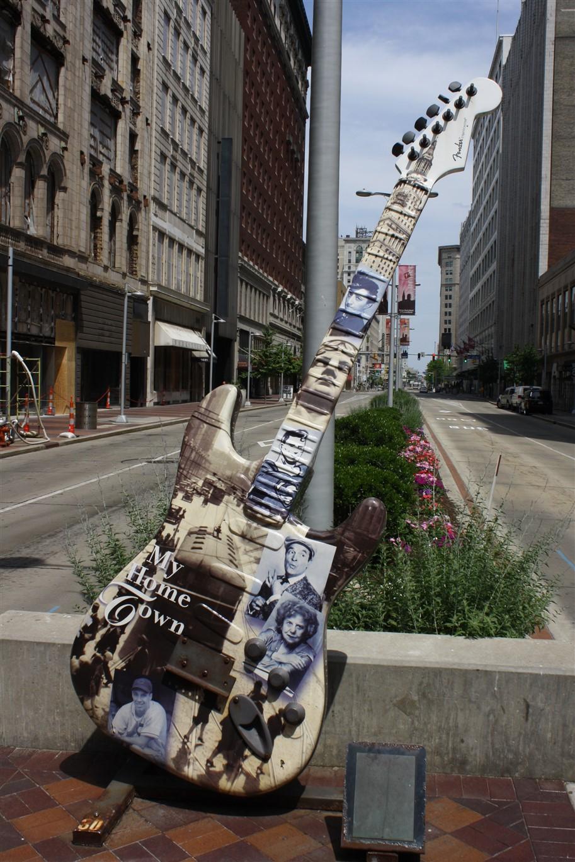 2012 06 16 Cleveland Guitar Mania 126.jpg