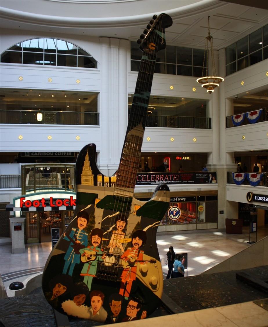 2012 06 16 Cleveland Guitar Mania 17.jpg
