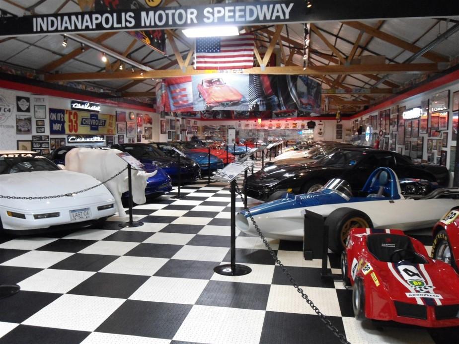 2012 06 30 28 Effingham IL Midwest Motorworks Museum.jpg