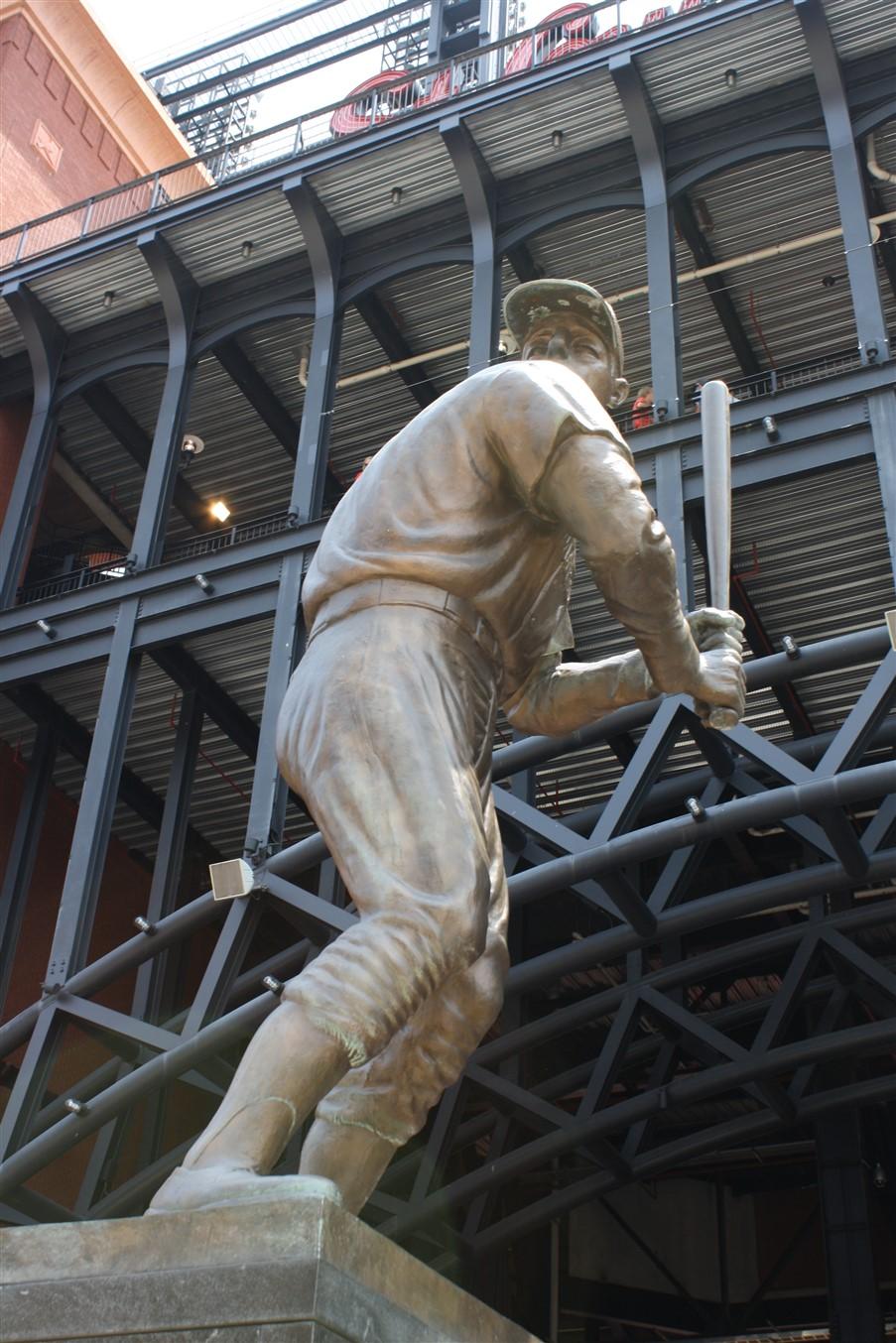 2012 07 01 134 St Louis Busch Stadium.jpg