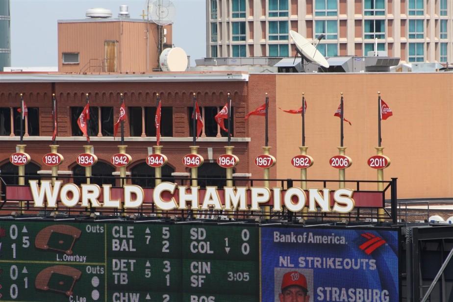 2012 07 01 182 St Louis Busch Stadium.jpg