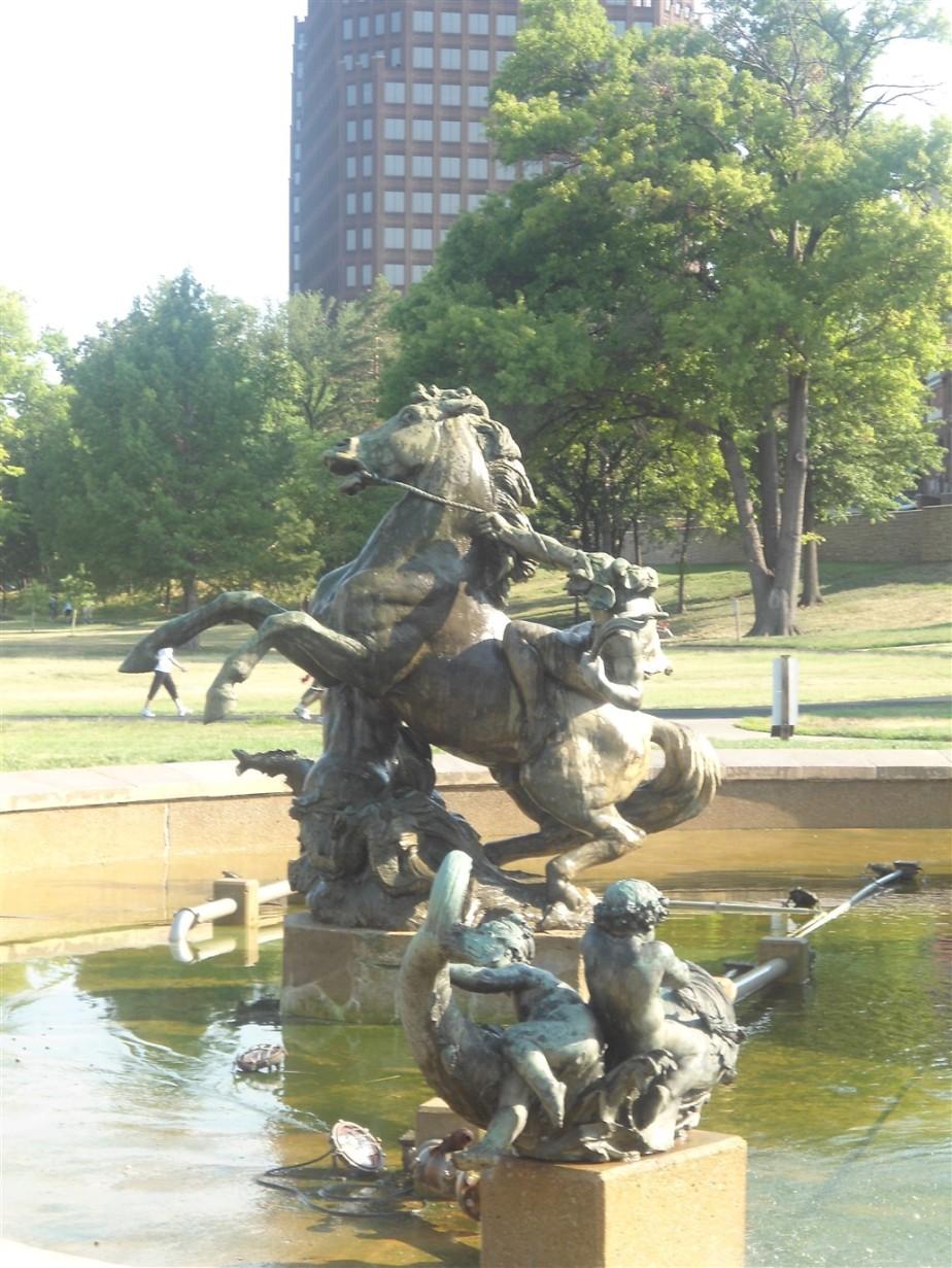 2012 07 02 19 Kansas City Country Club Plaza