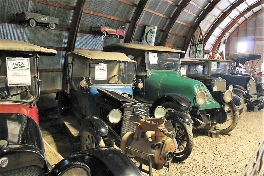 2012 07 11 157 Murdo SD Pioneer Auto Museum.jpg