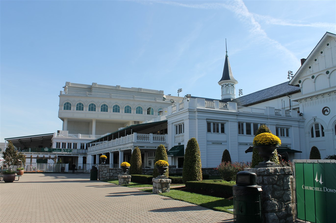 2013 10 27 90 Churchill Downs Louisville.jpg