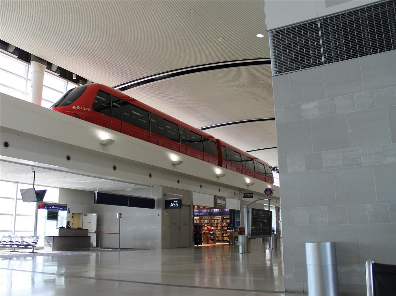 2014 05 26 Detroit Airport 1.jpg