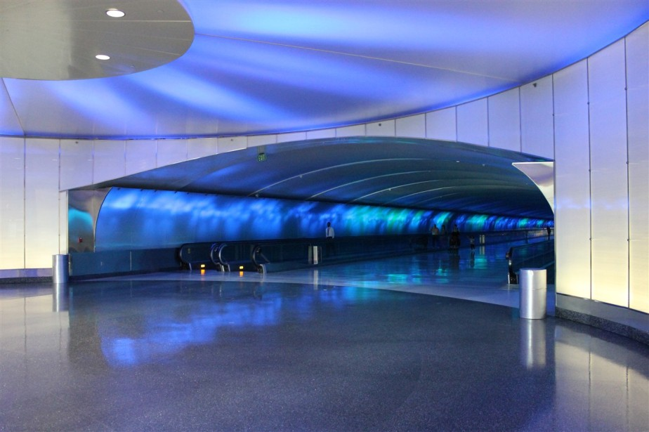 2014 05 26 Detroit Airport 2.jpg
