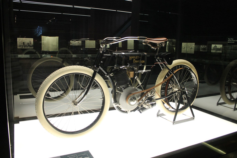 2014 09 20 42 Harley Davidson Museum Milwaukee.jpg