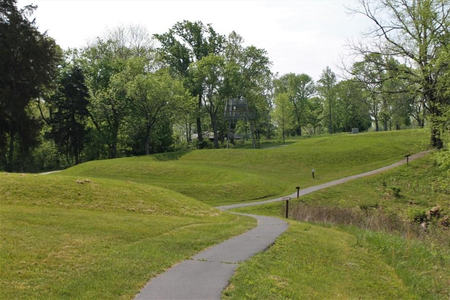 2015 05 10 30 Serpent Mound Ohio.jpg
