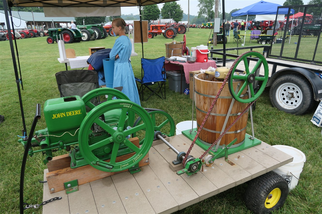 2015 06 06 24 Piketon Ohio Antique Farm Equipment.jpg