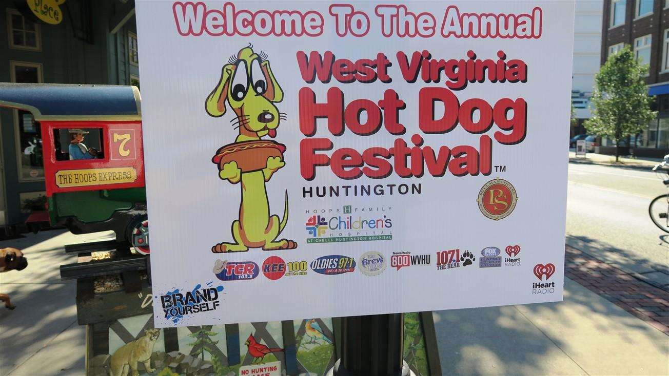 2015 07 25 5 Huntington WV Hot Dog Festival.jpg